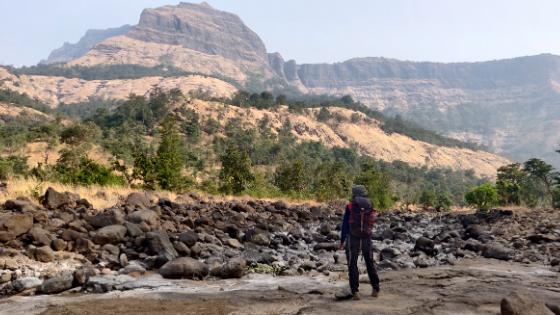 sandhan-valley-trekking-sahyadri-maharashtra