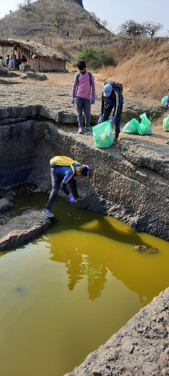Harihar-fort-clean-up-trek-trek-for-nature-ecopurple
